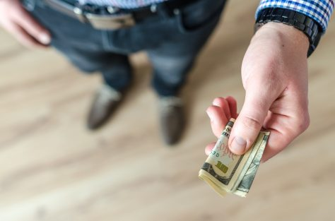 banknote-belt-bills-928184